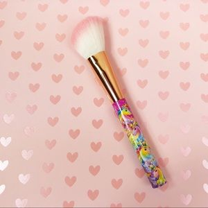 Lisa Frank Angled Blush Brush